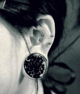 Snug Piercing Picture 2